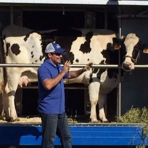 Sartorette Students Learn About Farming Straight from the Cow's Mouth